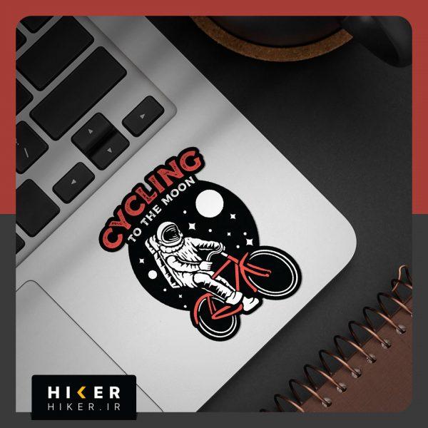 استیکر هایکر روی لپ تاپ
