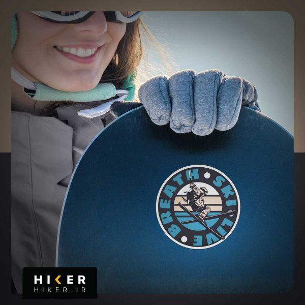 استیکر هایکر روی اسنوبرد