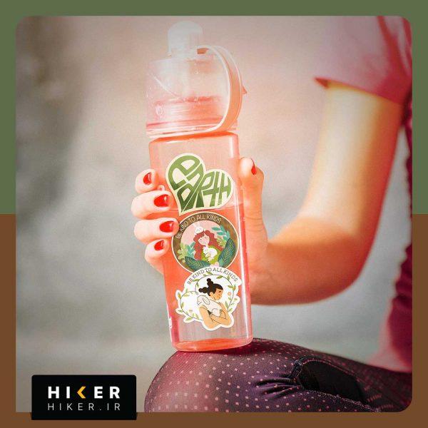 استیکر هایکر روی بطری آب